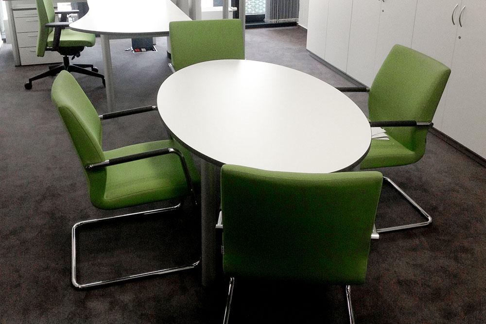 Besprechungstisch Oval 160/100/72 - Büromöbel DIREKT Frankfurt