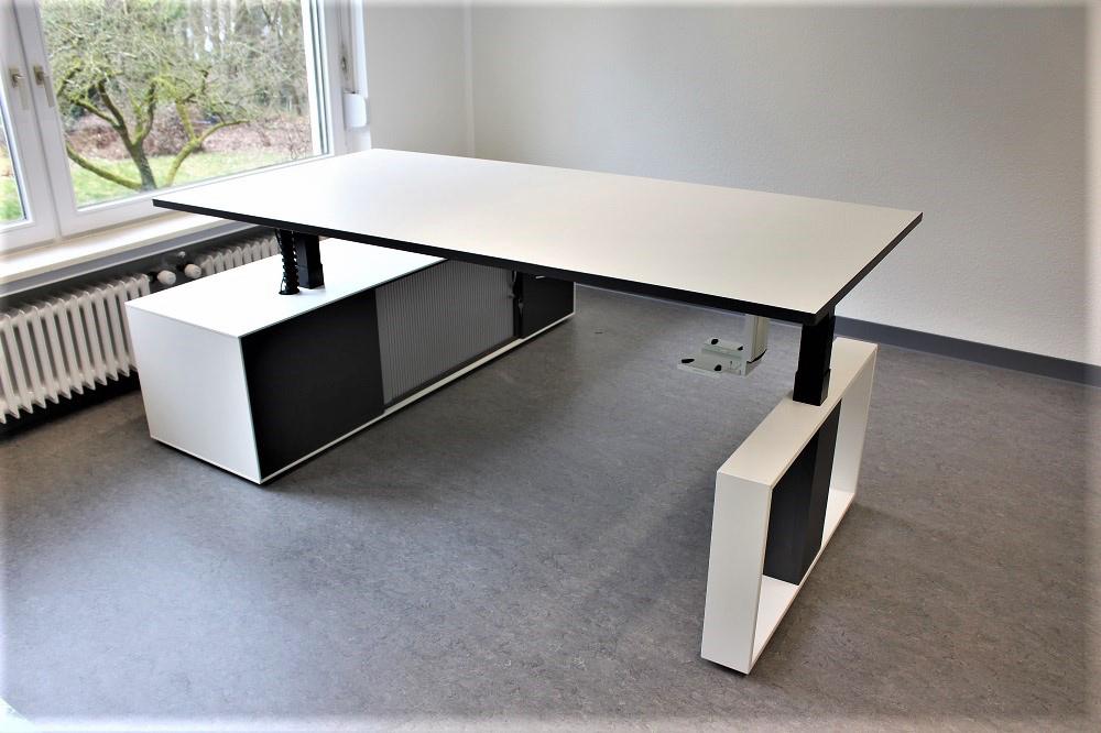 STOL AMBIENTI Schreibtisch Loop - Büromöbel DIREKT Frankfurt