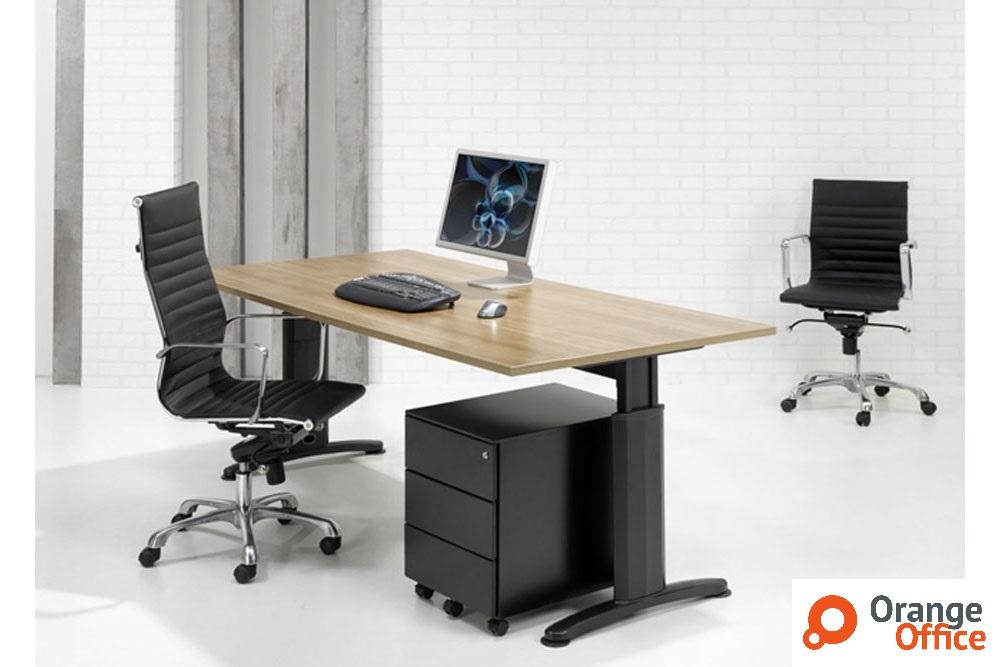 Schreibtische f r ihr b ro b rom bel direkt frankfurt for Schreibtisch abgerundet
